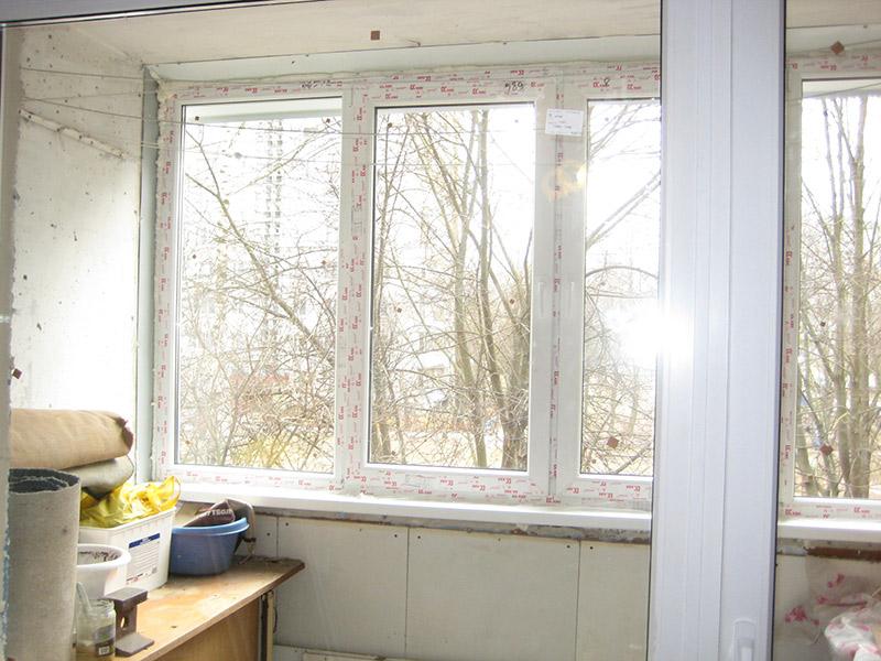 Установка рамы пвх на балкон из профиля kbe в минске.